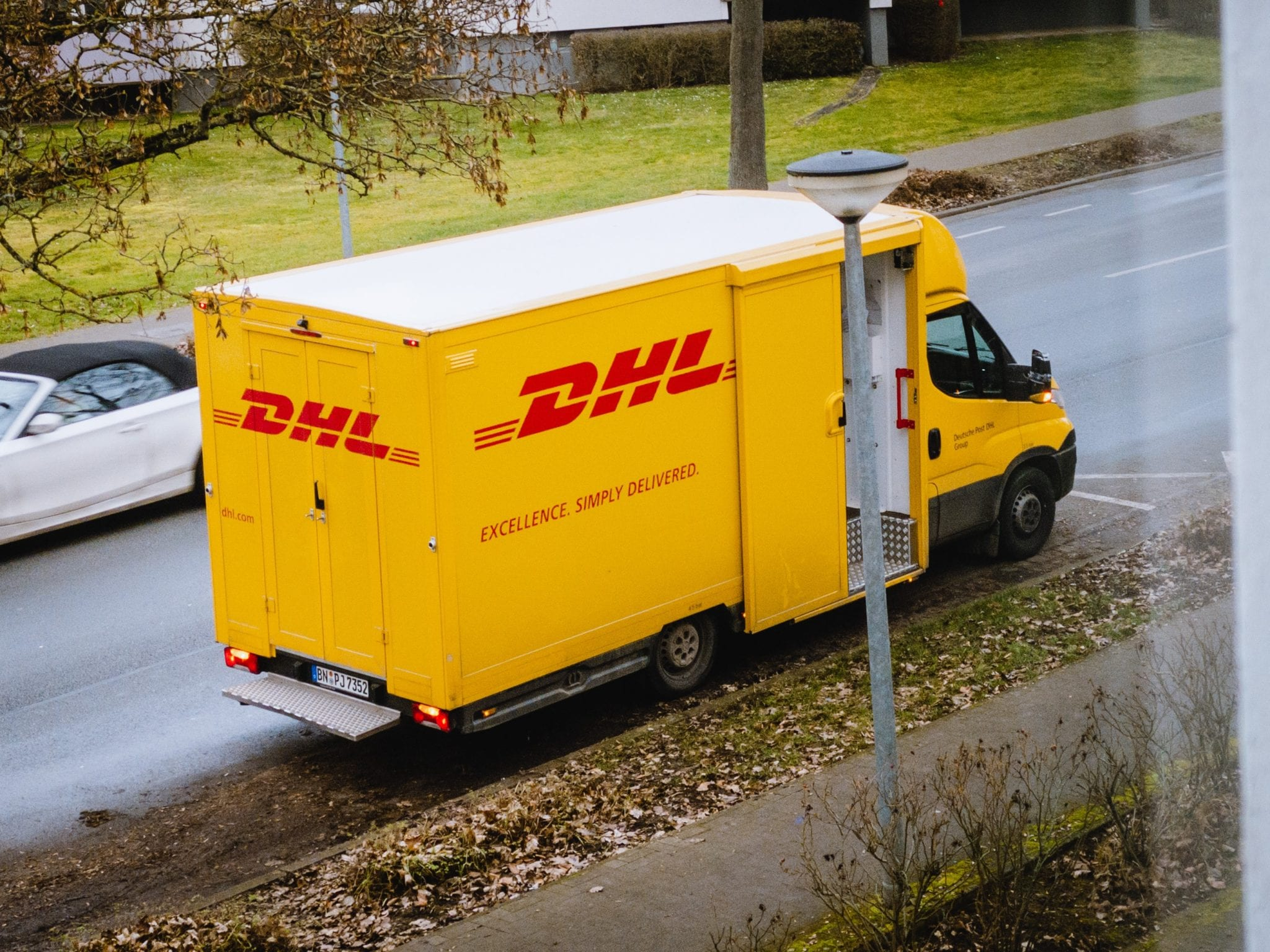 Emerging eCommerce Trends from COVID-19: Expert Analysis and Predictions DHL